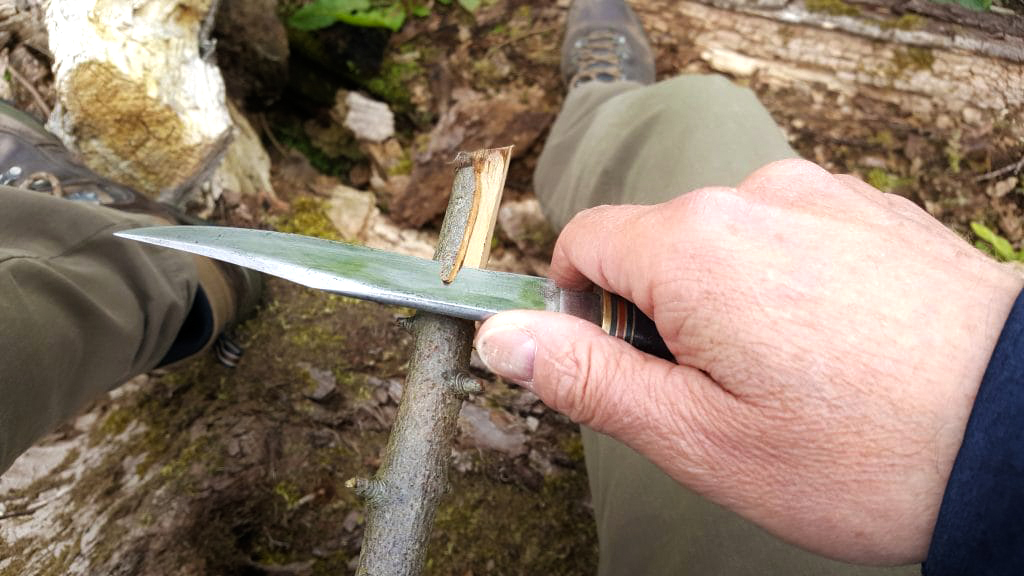 Functions of a Camping Knife